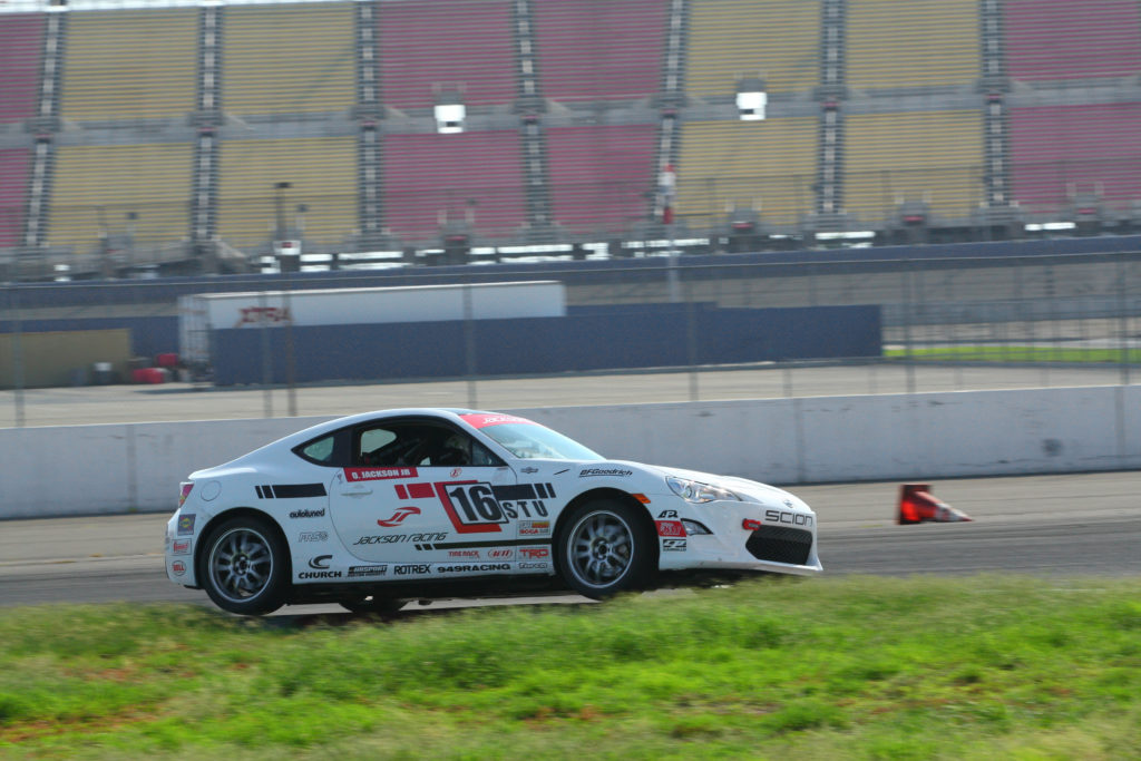 Group 2 Race Turn 12 ACS_2564_Oct1715_by_ZW-CaliPhoto